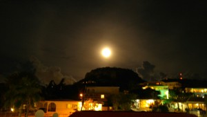 a picture of the Full-Moon-10-27-15