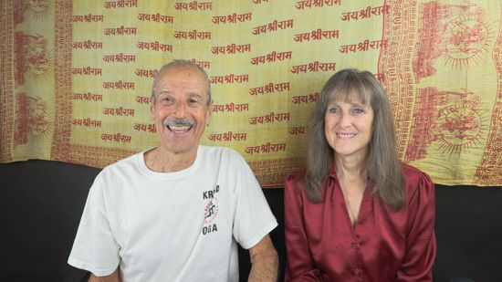 A picture of Lisa and Kenny doing the radio show on Golden Silence.